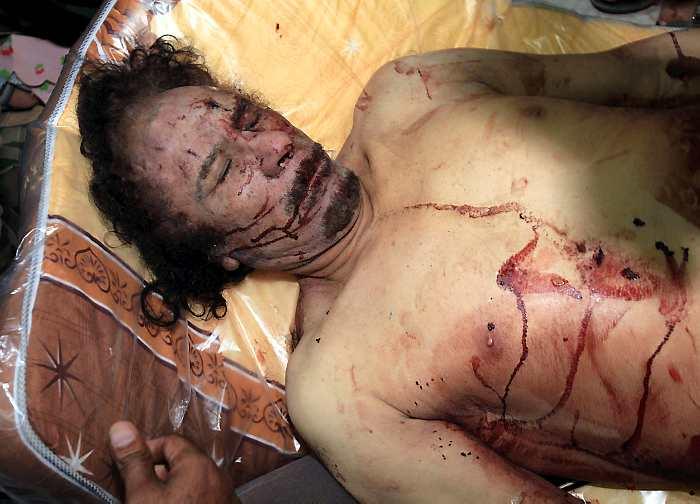 MUhamar El Kadafi, asesinado por sicarios norteamericanos.