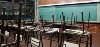 EDUCACIÓN – Régimen | Ante la  falta de paritarias normales los docentes cumplen su paro de 48 horas.