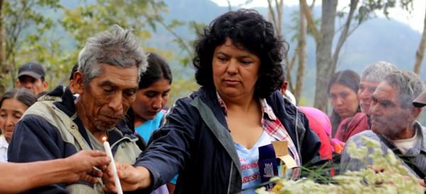 Berta Cáceres, una luchadora por la dignidad de Honduras.