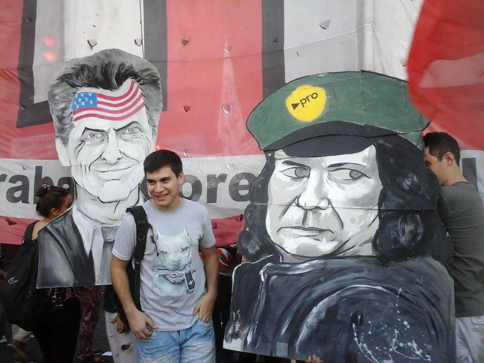 Macri fue repudiado por los ciudadanos en la Plaza de los dos Congresos. FOTO: PASCUZZI