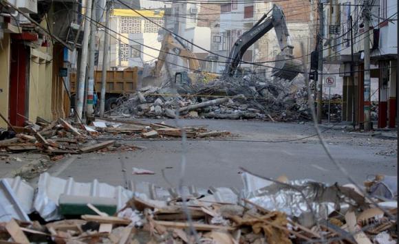 Cerca de 500 muertos es el saldo provisorio del sismo en Ecuador. FOTO: ANDES