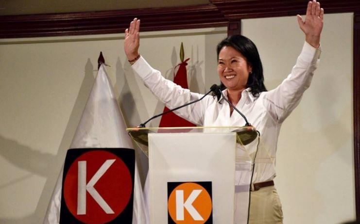 Keiko Fujimori liberará a su padre, preso por corrupción.