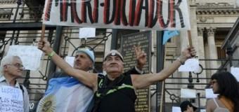 ARGENTINA – Gobierno | Macri se puso un 8 y dijo que la gente le pide reelección.