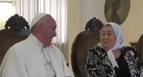 DERECHOS HUMANOS – Vaticano | El Papa Romano recibió a Hebe de Bonafini durante dos horas.