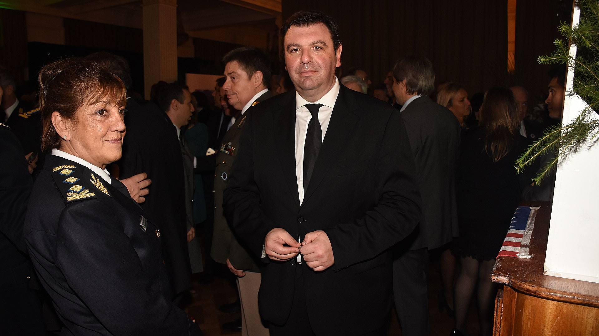 Ariel Lijo tiene la causa del dinero de Michetti en su casa. Estuvo en los festejos del 4 de julio  invitado por la Embajada de Estados Unidos.