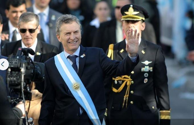 Macri hablò mal de los trabajadores. Les pide sacrificios.
