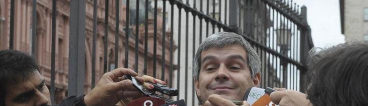 """Marcos Peña, Jefe de Gabinete sugirió que los usuarios de gas, luz y agua """"vayan pagando""""."""