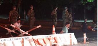 MUNDO – Turquía | Erdogan pide a los turcos defender la democracia en las calles. Militares anuncian toma del poder.