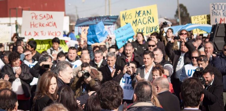 El pueblo empieza a mostrarle a Macri y Vidal que las cosas están muy mal. Después vino la represión.