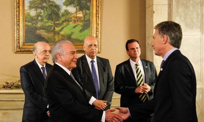 El golpista brasileño Michel Temer y el ultraderechista Mauricio Macri en contra de Venezuela en el Mercosur.