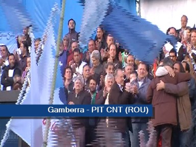 Fernando Gamberra, PIT-CNT de Uruguay pidió el fin de la represión.