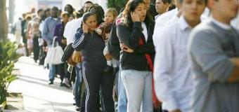 EDITORIAL – Trabajadores | La desocupación alcanza niveles de quince años atrás. 4,5 millones con problemas de trabajo.