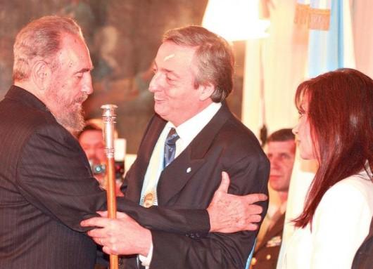 Fidel Castro en la asunción de Néstor Kirchner en 2003.