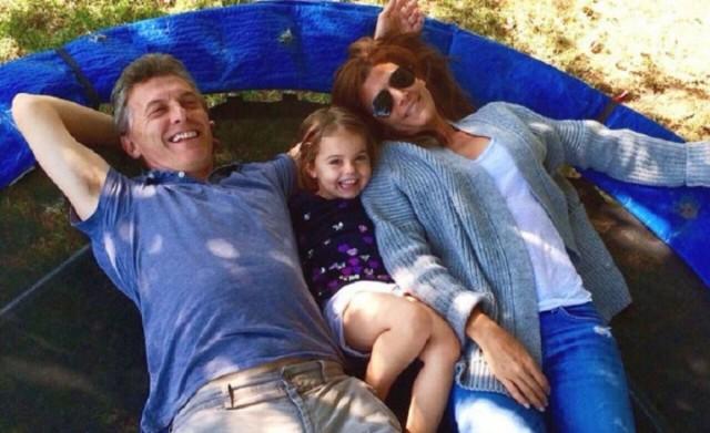Macri lleva varios días de vacaciones. Mientras todo el país trabaja, él descansa a pesar de la crisis de su Gabinete.