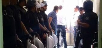 EDUCACIÓN – Trabajadores | Macri despide y reprime trabajadores del Ministerio de Educación.