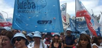 TRABAJADORES – Educación | Los docentes hicieron una marcha en defensa de la educación pública.