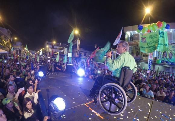 Lenin Moreno se alió con los derechistas y golpeó a la Revolución Ciudadana.