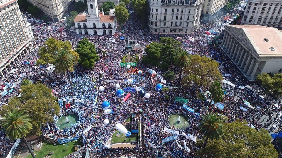 La marcha fue multitudinaria.