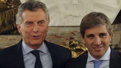 Luis Caputo, primo de Nicolàs Caputo, amigo directo y testaferro de Macri hace invertir dineros públicos en sus fondos.