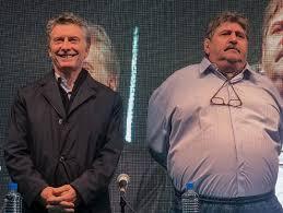 Macri junto a Pignanelli de SMATA.