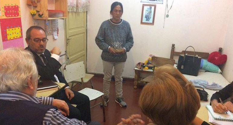 Milagro Sala junto a los enviados de la Comisión Interamericana de Derechos Humanos.