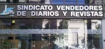 TRABAJADORES – Régimen | La mano negra de Clarín en la intervención macrista al gremio de canillitas.