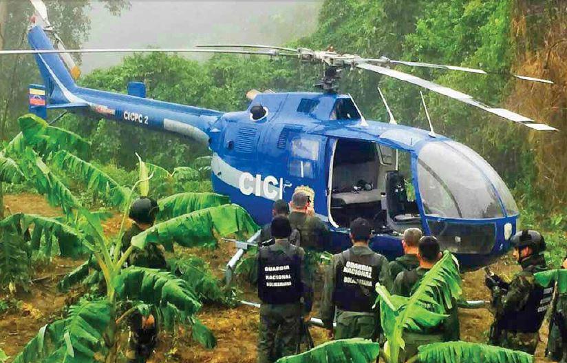 El policía golpista robó este helicóptero y bnombardeó al Tribunal Supremo de Justicia. FOTO: CORREO DEL ORINOCO.
