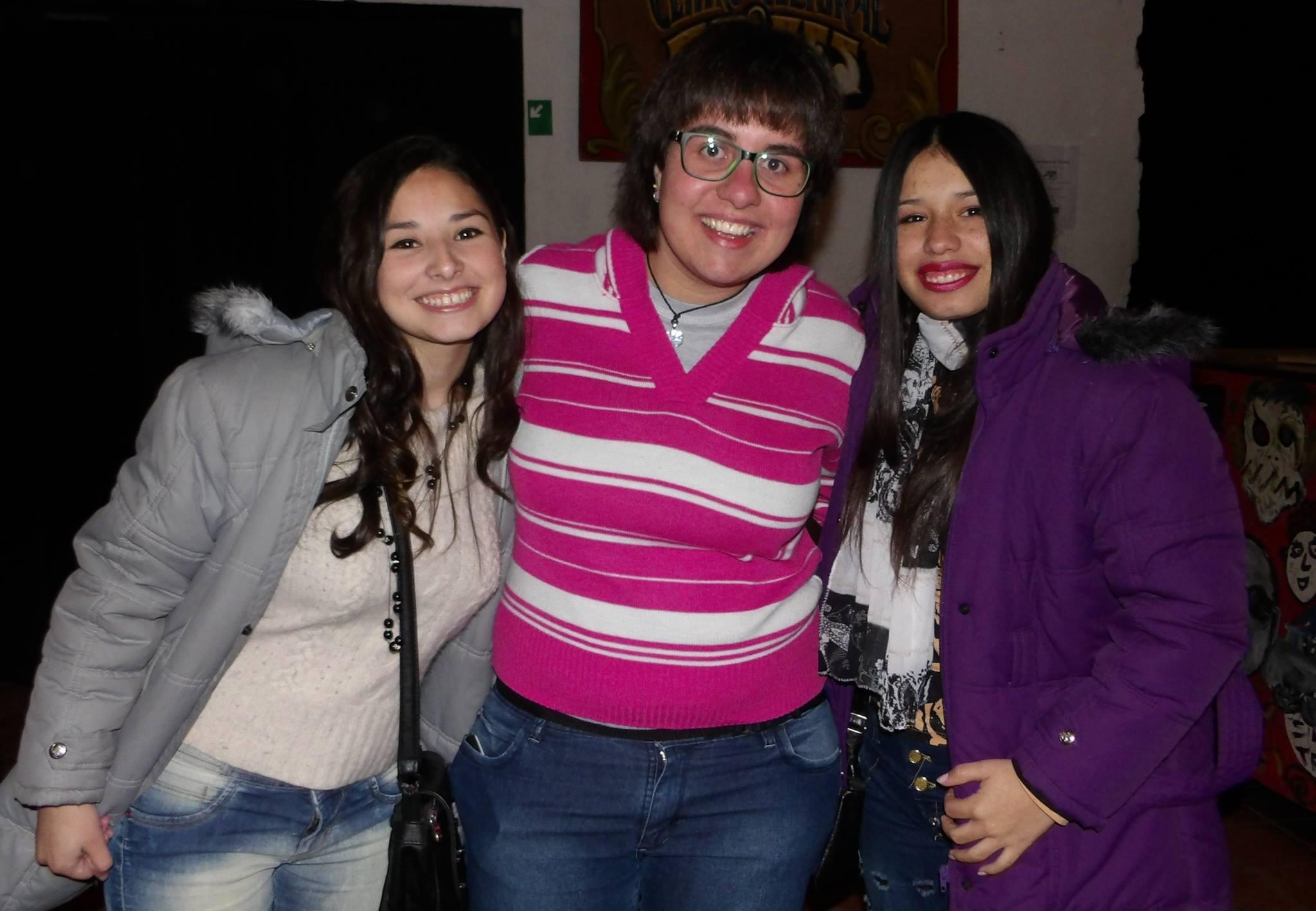 Ángeles Moro Munilla, Mailen Sayus y Lourdes Moro Munilla, actriz y codirectoras de la película, respectivamente.