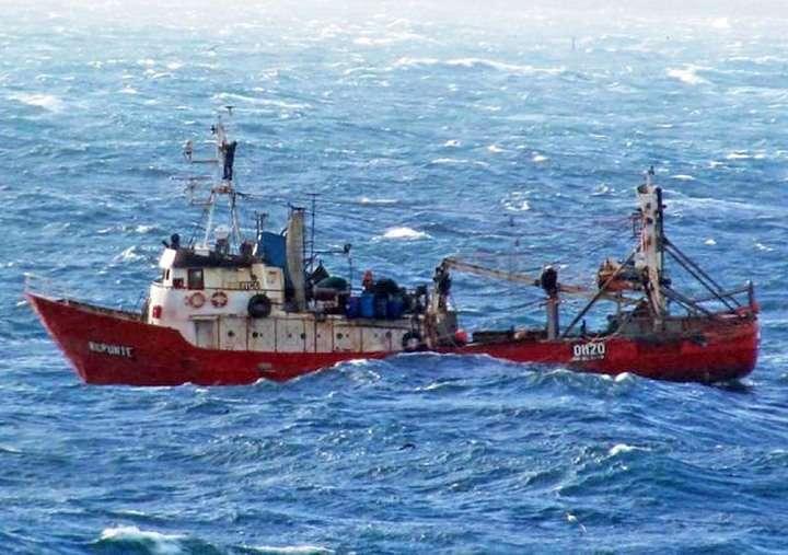 Los pesqueros clandestinos salieron dle Mar Argentino unos días  antes de las maniobras.