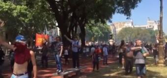 REPRESIÓN – Régimen | La policía de Macri le disparó a los Veteranos de Malvinas.