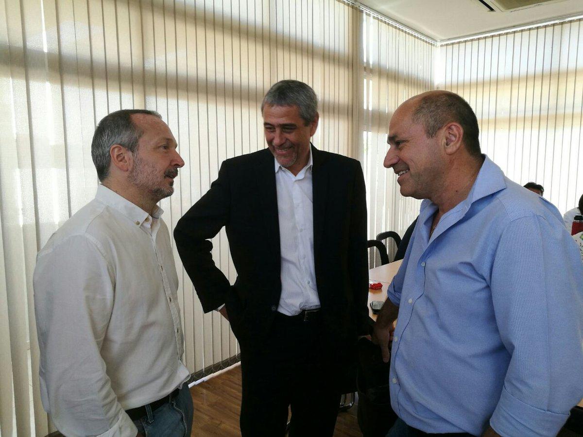 Martín Sabbatella con el Intendente Mario Secco.
