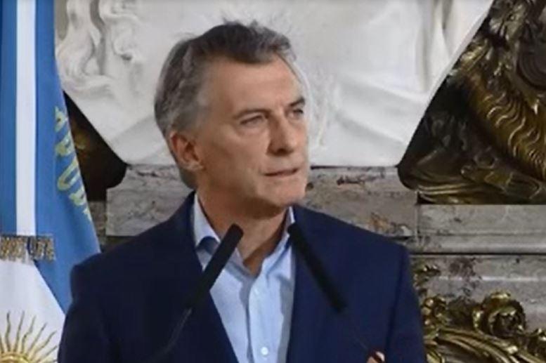 Macri desconoce la realidfad. El Presidente apela al desconocimiento o al cinismo.