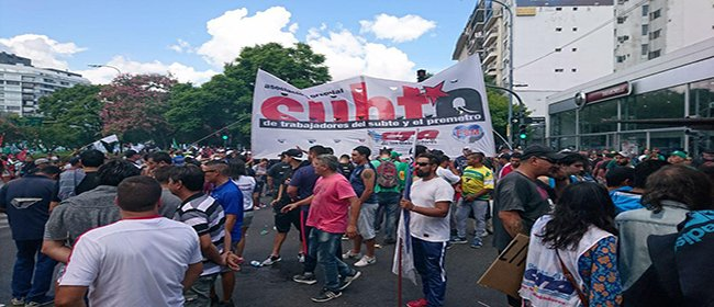 Para favorecer a la UTA macrista la Corte Suprema quitó personería gremial de los trabajadores del subte.
