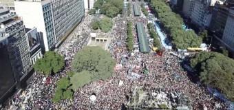 POLÍTICA – Régimen | Cerca de 200 mil personas festejaron el Día de la Patria. Claro mensaje al régimen.