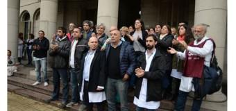 BUENOS AIRES – Régimen | Siguen despidiendo personal de hospitales públicos bonaerenses.