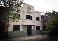 BUENOS AIRES – Régimen | VERGONZOSO. Vidal tomó juramento en una escuela privada.