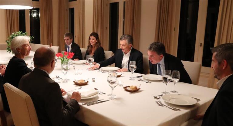 Lagarde cena en Olivos con Macri y jerarcas del régimen.