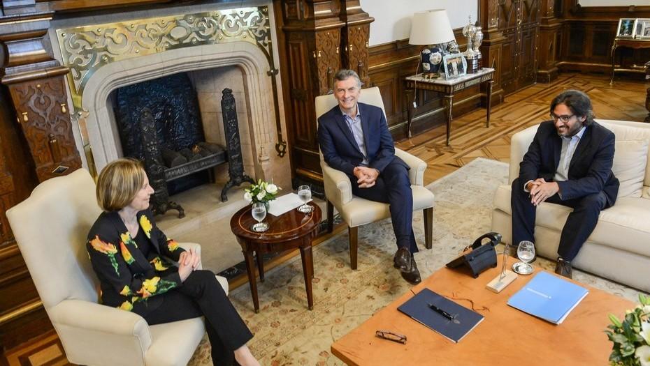La sionista Weinberg con Mauricio Macri y Garavano, Ministro de Justicia, dos habitués de la comunidad judía.