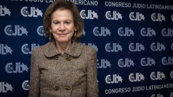 Inés de Weinberg alardea de su participación en organizaciones judías extranjeras.
