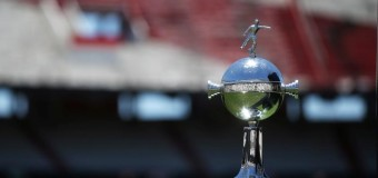 DEPORTES – Fútbol | Se volvió a postergar la final de la Copa Libertadores de América.
