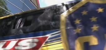 DEPORTES – Copa Libertadores | Brutal agresión al micro de Boca Juniors en la entrada al Monumental.
