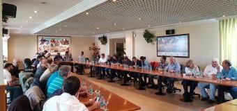 TRABAJADORES – Régimen | En la semana del G-20 se agudizará el problema del transporte.