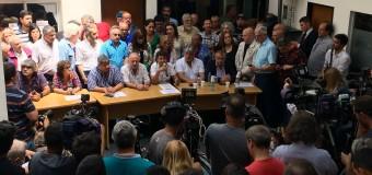 TRABAJADORES – Régimen | Las dos CTA y el Frente Sindical convocan a las marchas de las velas para repudiar los tarifazos del régimen.