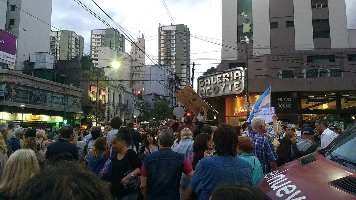 Tradicionales votantes del PRO empiezan a repudiar al Presidente Mauricio Macri que va por su reelección.