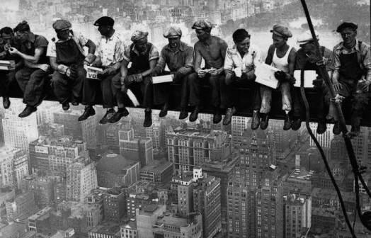 Trabajadores_1902_colgados