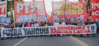 REGIÓN – Venezuela | Partidos troskistas protestan ante la Embajada de Estados Unidos.