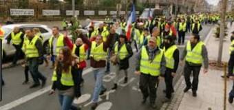 MUNDO – Francia | Macron volvió a reprimir las importantes manifestaciones de los chalecos amarillos.