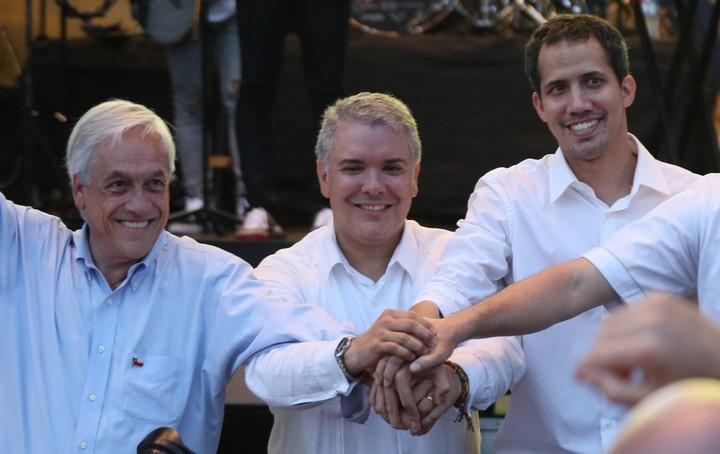Guaidó apoyado por Duque y Piñera.
