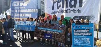 CRISIS – Régimen | Protestas y represión en distintos puntos de la CABA y el Conurbano.