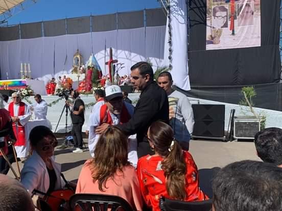 El Padre Paco Olivera le dice a Michetti que no tiene nada que hacer en la misa de Angelelli.